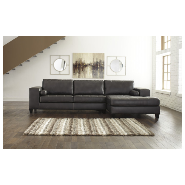 Ashley Furniture   8772117/66