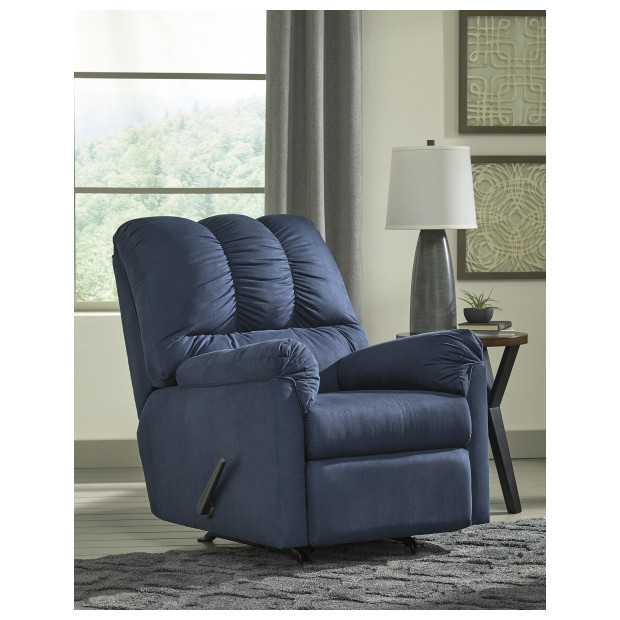 Ashley Furniture   7500725