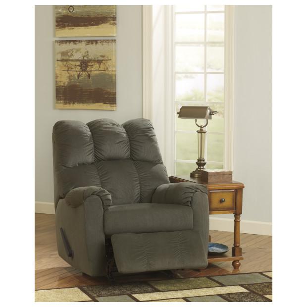 Ashley Furniture   1750225