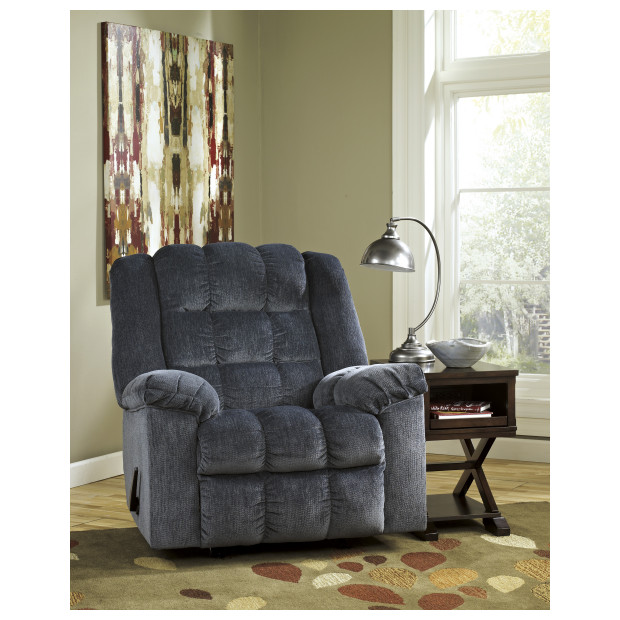 Ashley Furniture   8110598
