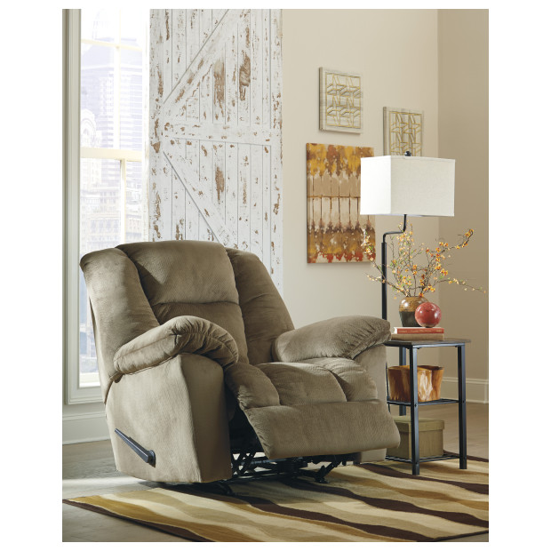 Ashley Furniture   2650125