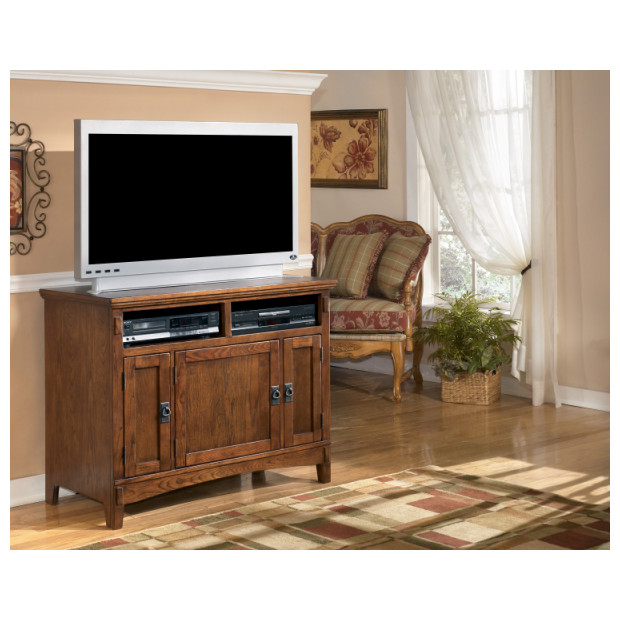 Ashley Furniture   W319-18