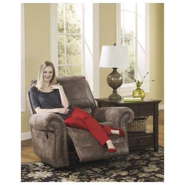 Ashley Furniture   7410061