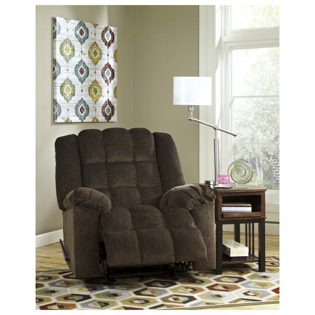 Ashley Furniture   8110425