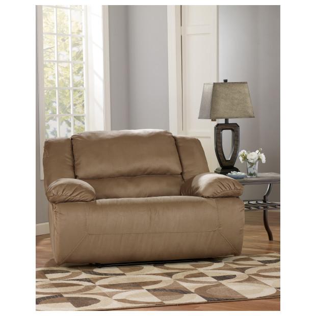 Ashley Furniture   5780252